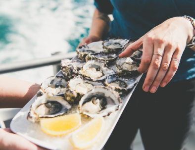 Natural Tasmanian Oysters on Hobart Tour
